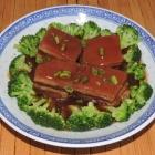Keto-Friendly Braised Pork-Belly